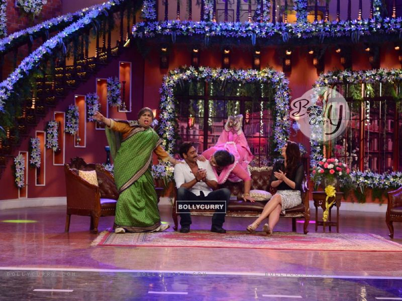 Comedy Nights with Kapil (330307) size:800x600