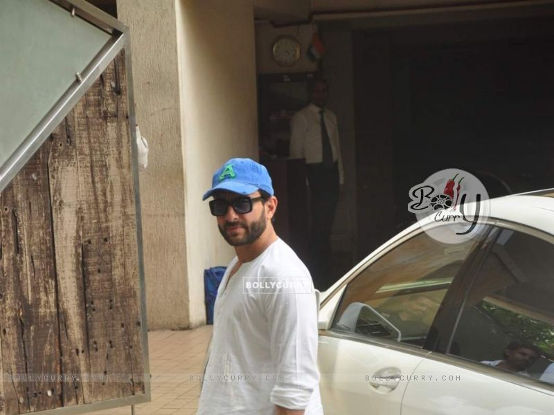Saif Ali Khan (367809) size:800x600