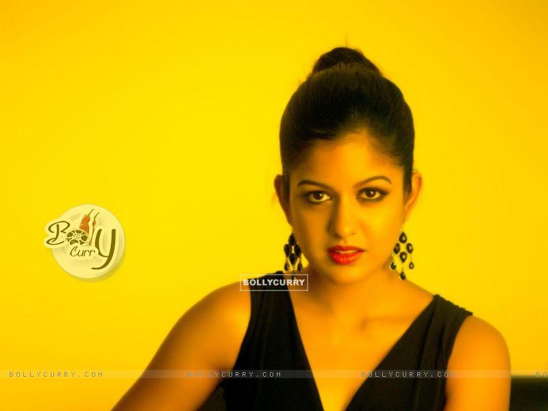 Ishita Dutta (371063) size:800x600