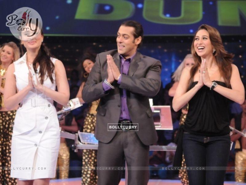 Salman Khan with Kareena and Karishma (37462) size:800x600