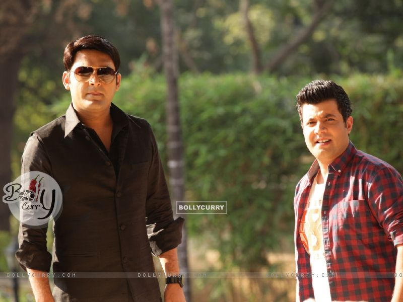 Kapil Sharma and Varun Sharma in Kis Kisko Pyaar Karoon (376016) size:800x600