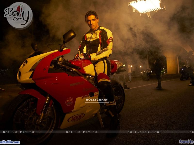 Zayed Khan sitting on a bike (37779) size:800x600