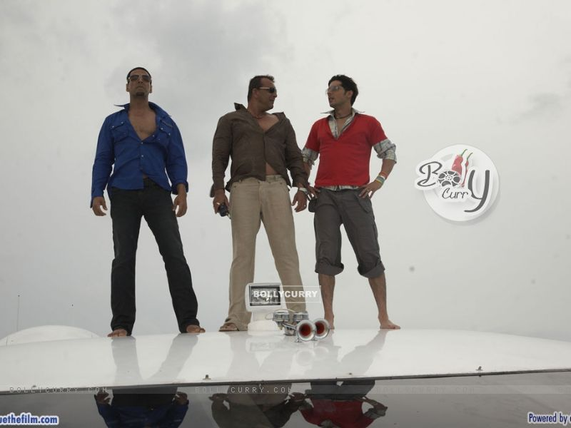 Akshay Kumar, Zayed Khan and Sanjay Dutt (37781) size:800x600