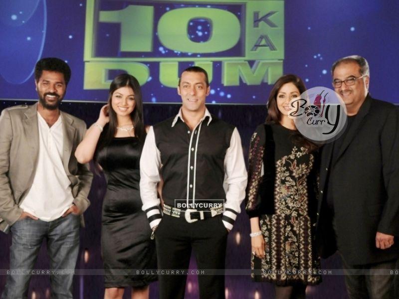 Salman Khan with Sridevi, Boney Kapoor, Prabhu Deva and Ayesha Takia (38090) size:800x600
