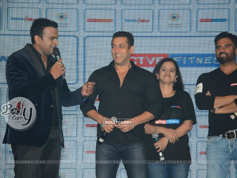 Siddharth Kannan Lends Rs. 150 to Salman Khan for Channel Subscription (383229) size:800x600