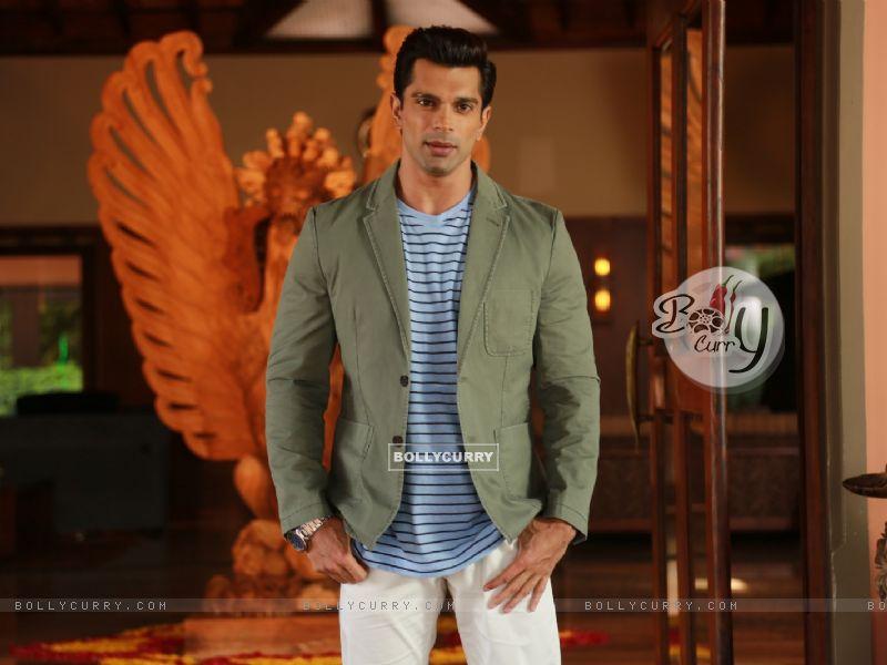 Karan Singh Grover (384136) size:800x600