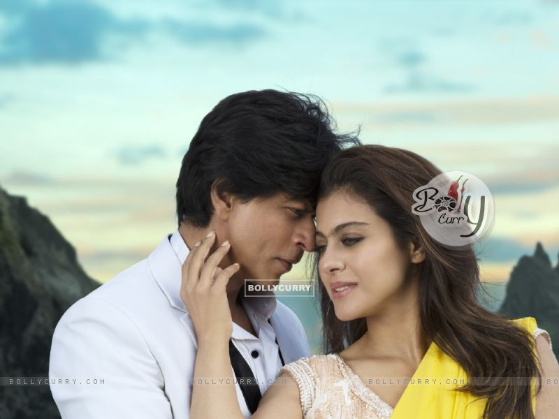 Shahrukh Khan and Kajol as seen in the song Gerua (384840) size:800x600