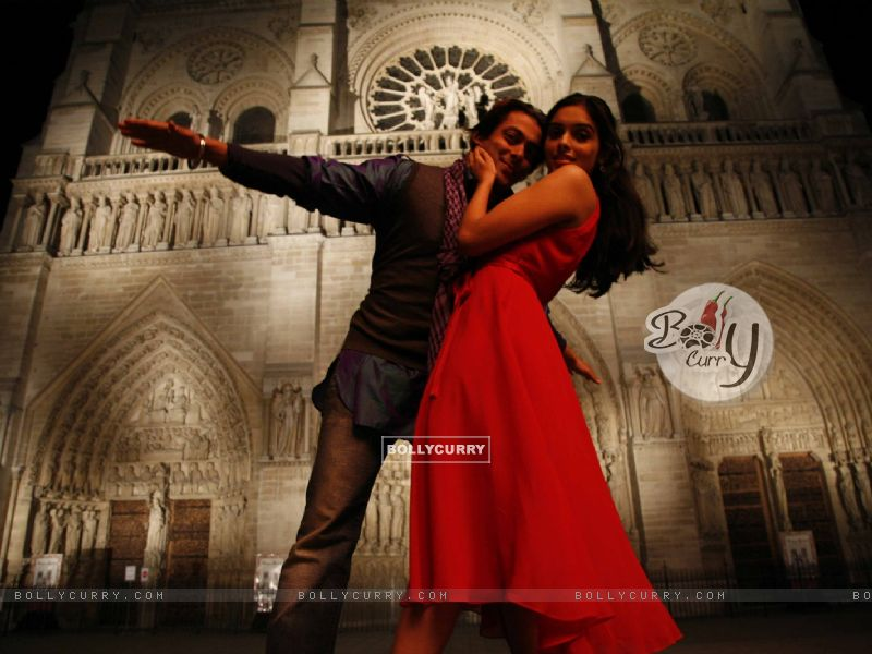 Lovable scene of Salman and Asin (38591) size:800x600