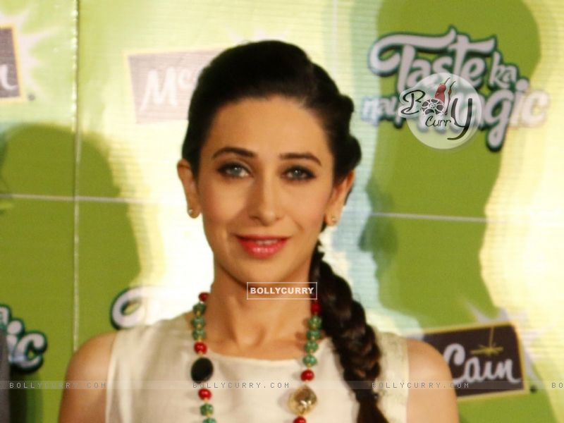 Karisma Kapoor at Launch of McCain Food Products (386574) size:800x600