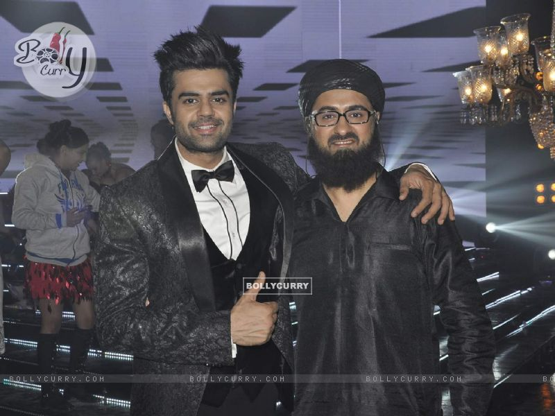 Manish Paul and Pradhuman Singh on Locations of Tere Bin Laden Dead or Alive (392779) size:800x600