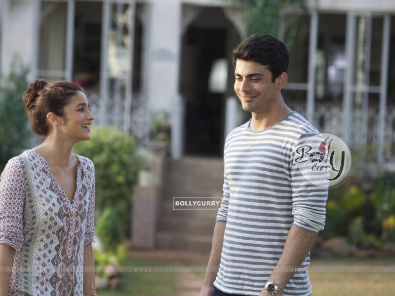Alia Bhatt and Fawad Khan in Kapoor & Sons (397291) size:800x600