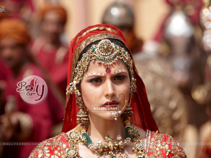 wallpaper zareen khan. Zarine Khan looking worried