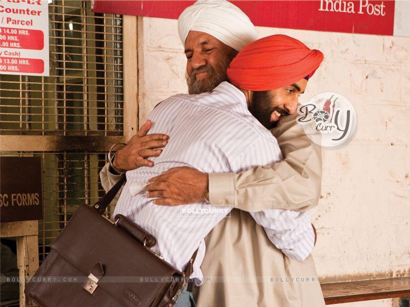 Ranbir Kapoor hugging Prem Chopra (40090) size:800x600