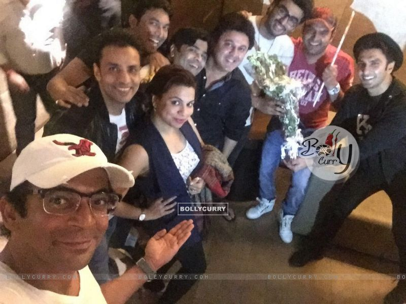 The Kapil Sharma Show Team attends Special Screening of Ki And Ka (401929) size:800x600