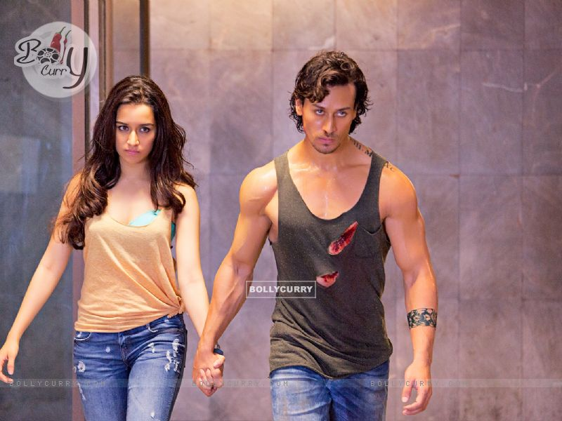 Stills from the fiilm Baaghi (403684) size:800x600