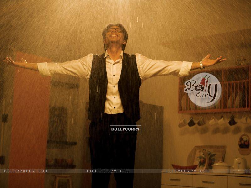 Uday Chopra enjoying rain (40380) size:800x600