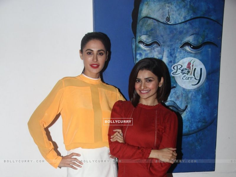 Prachi Desai and Nargis Fakhri at Media Interactions of Azhar (404471) size:800x600