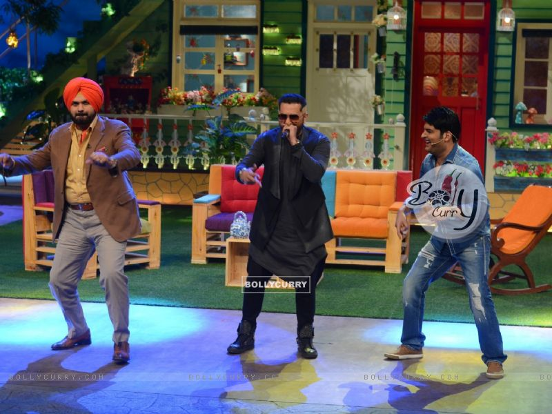 Navjot Singh Siddhu, Honey Singh and Kapil SharmaThe Kapil Sharma Show (404572) size:800x600