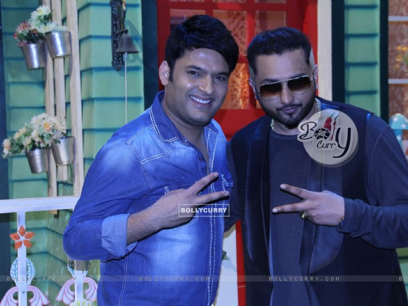 Honey Singh and Kapil Sharma on The Kapil Sharma Show (404573) size:800x600