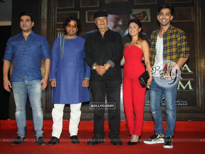 Arbaaz Khan, Ashutosh Rana, Prem Chopra, Manjari Fadnis at Launch of film 'Jeena Isi Ka Naam Hai' (409829) size:800x600