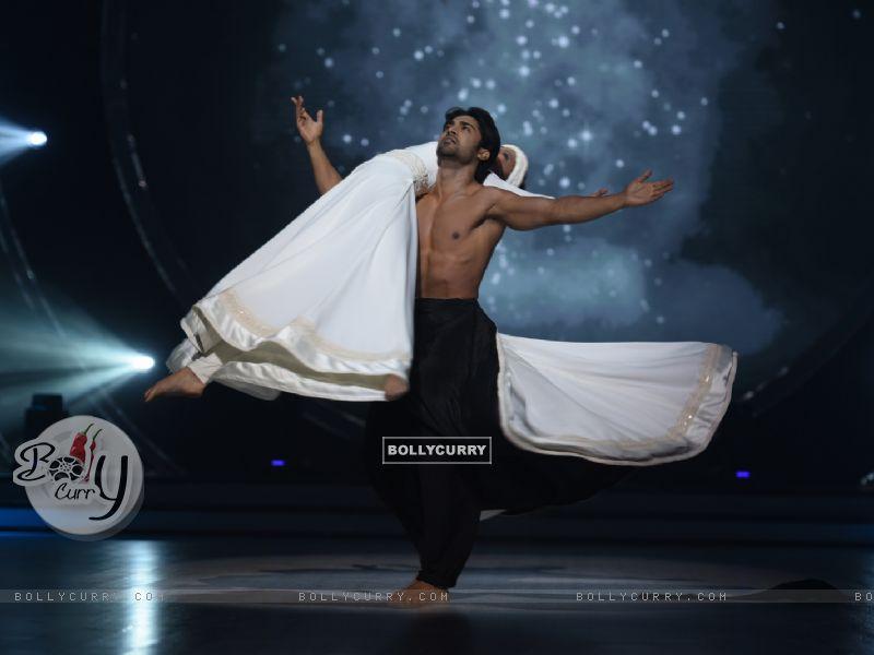 Salman Yusuff Khan (421362) size:800x600