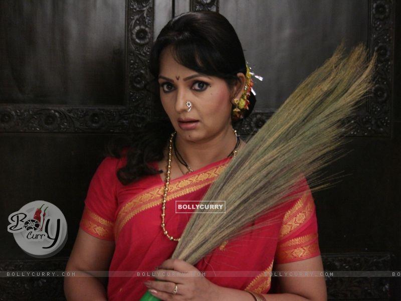 Upasana Singh as Kamwaali Bai (66111) size:800x600